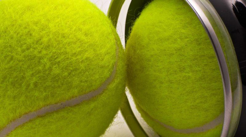 Výběr tenisových míčků